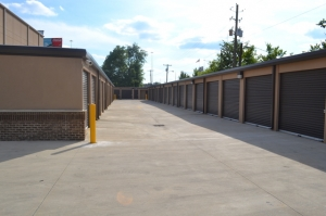 Metro Mini Storage - Downtown Birmingham - Photo 11