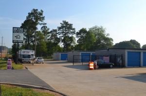 Image of Metro Mini Storage - Hueytown Facility on 175 Brooklane Dr  in Hueytown, AL - View 2