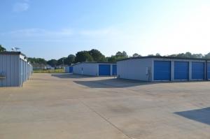 Image of Metro Mini Storage - Hueytown Facility on 175 Brooklane Dr  in Hueytown, AL - View 3