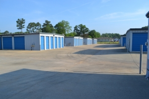 Image of Metro Mini Storage - Hueytown Facility on 175 Brooklane Dr  in Hueytown, AL - View 4