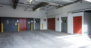 Picture of StorageMart - 76th & Wornall Road