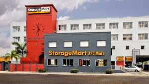 StorageMart - NW 7th St at Red Rd