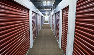 Image of StorageMart - Butterfield & York Facility on 5979 Butterfield Rd  in Hillside, IL - View 4