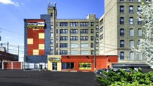 StorageMart - Halsted & Chicago