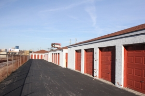 Image of StorageMart - Winchester & East 3rd Street Facility on 750 Winchester Rd  in Lexington, KY - View 4