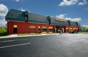 Image of StorageMart - Lee Hwy & Shirley Gate Rd Facility on 11325 Lee Hwy  in Fairfax, VA