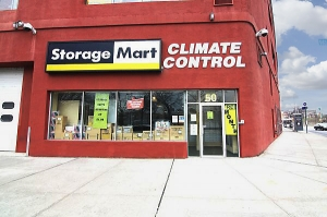 StorageMart - Kent Ave & Wallabout - Photo 4