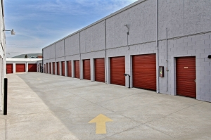 StorageMart - Clayton Rd & Ayers - Photo 3