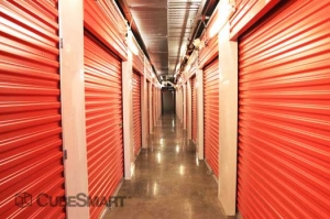CubeSmart Self Storage - Houston - 8252 Westheimer Rd - Photo 8