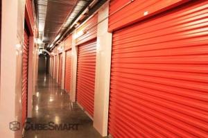CubeSmart Self Storage - Houston - 8252 Westheimer Rd - Photo 12