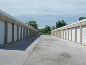 A Storage Inn - O'Fallon - Photo 4