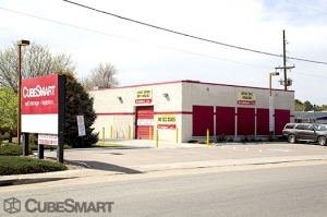 Image of CubeSmart Self Storage - Denver - 2125 S Valentia St Facility on 2125 S Valentia St  in Denver, CO - View 2