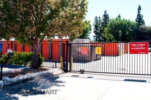 CubeSmart Self Storage - Hemet - 4250 W Florida Ave - Photo 4