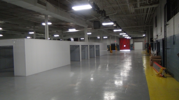Facility photo: //images.sparefoot.com/medium/150227565c82b72c4c2.jpg