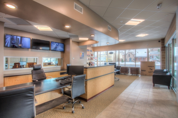 Facility photo: //images.sparefoot.com/medium/201553587e8c3a640d0.jpg