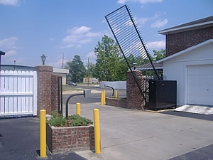 Facility photo: //images.sparefoot.com/medium/20252858c06565475a2.jpg
