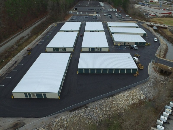 Facility photo: //images.sparefoot.com/medium/2042405a0327b6f0763.jpg