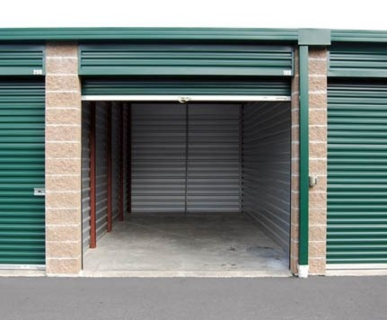 Facility photo: //images.sparefoot.com/medium/2042405a0327b8829b8.jpg