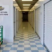 Facility photo: //images.sparefoot.com/medium/2063845c9918080bacb.png