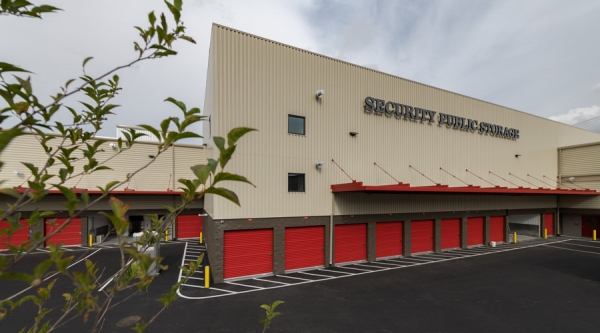 Facility photo: //images.sparefoot.com/medium/2095785bda3f6f0209e.jpg