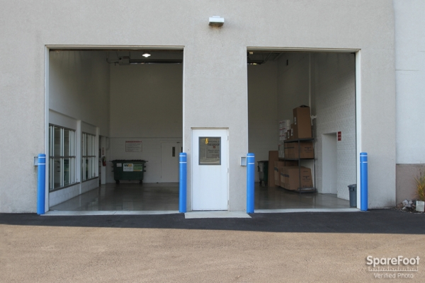 Facility photo: //images.sparefoot.com/medium/2109425c6c660af2718.jpg