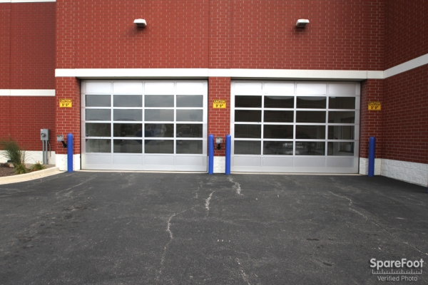 Facility photo: //images.sparefoot.com/medium/2109445c6c6a966b155.jpg