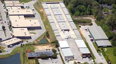 Facility photo: //images.sparefoot.com/medium/700474dacdf2ebbb32.jpg
