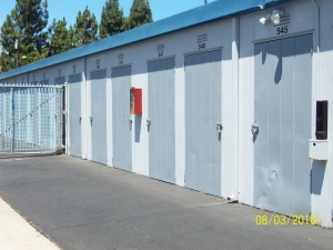Mini Public Storage - Stanton Self Storage - Photo 3