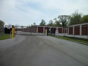 Economy Self Storage - Horseshoe Pike - Photo 5