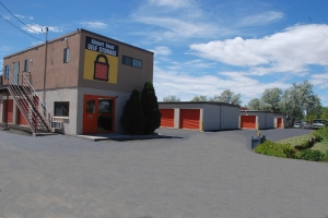 Picture of Airport Road Self Storage - Santa Fe