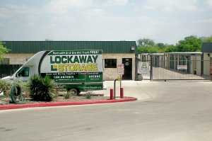 Photo of Lockaway Storage NW Loop 410