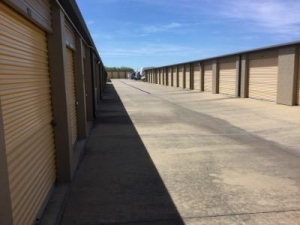 Image of Life Storage - Pasadena - Fairway Plaza Drive Facility on 4155 Fairway Plaza Drive  in Pasadena, TX - View 3