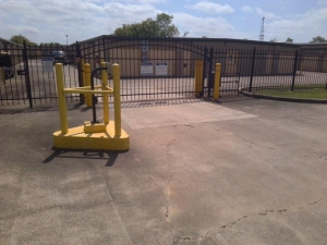 Image of Life Storage - Friendswood Facility on 4333 FM 2351 Road  in Friendswood, TX - View 2
