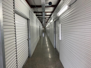 Image of Life Storage - Round Rock - South IH-35 Facility at 550 S Interstate 35  Round Rock, TX