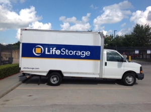 Image of Life Storage - Sugar Land Facility on 11220 S Highway 6  in Sugar Land, TX - View 3