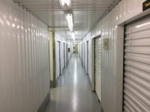 Life Storage - Houston - 5425 Katy Freeway - Photo 3