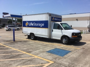 Image of Life Storage - Webster - West Nasa Road 1 Facility on 900 W Nasa Rd 1  in Webster, TX - View 2