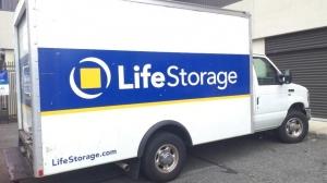 Image of Life Storage - Belleville Facility on 125 Franklin St  in Belleville, NJ - View 2