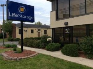 Life Storage - Clifton - Photo 8