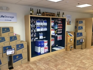 Life Storage - Flemington - Photo 2