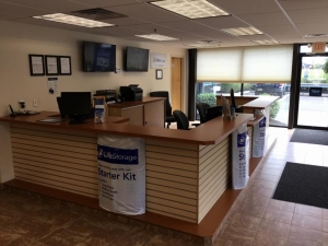 Image of Life Storage - West Deptford Facility on 777 Mantua Grove Rd  in West Deptford, NJ - View 4