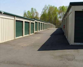 Image of A Town and Country Storage - Huntersville Facility on 509 Seagle Street  in Huntersville, NC - View 2