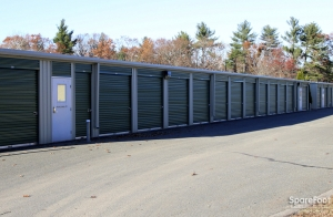 Middleton Self Storage - Photo 9