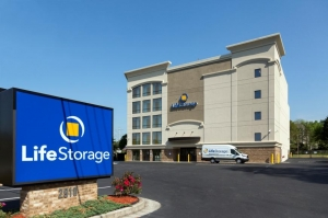 Life Storage - Decatur - North Decatur Road - Photo 1