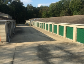 Image of Milford Storage Facility on 1053 Main St  in Milford, OH - View 4