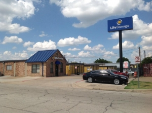 Image of Life Storage - Arlington - Blue Danube Street Facility on 1401 Blue Danube St  in Arlington, TX - View 4