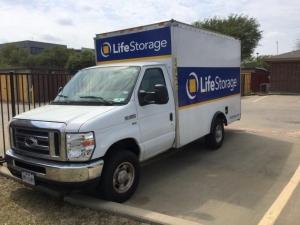 Image of Life Storage - Arlington - East Lamar Boulevard Facility on 1620 E Lamar Blvd  in Arlington, TX - View 3
