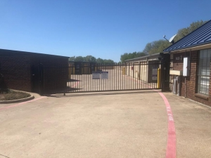 Image of Life Storage - Fort Worth - Bryant Irvin Road Facility on 5900 Bryant Irvin Rd  in Fort Worth, TX - View 3