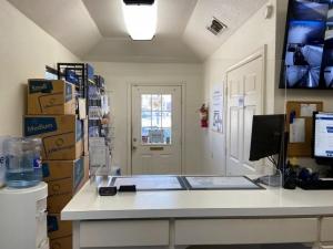 Image of Life Storage - Grand Prairie Facility at 335 W Westchester Pky  Grand Prairie, TX