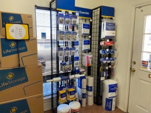 Image of Life Storage - Grand Prairie Facility on 335 W Westchester Pky  in Grand Prairie, TX - View 2